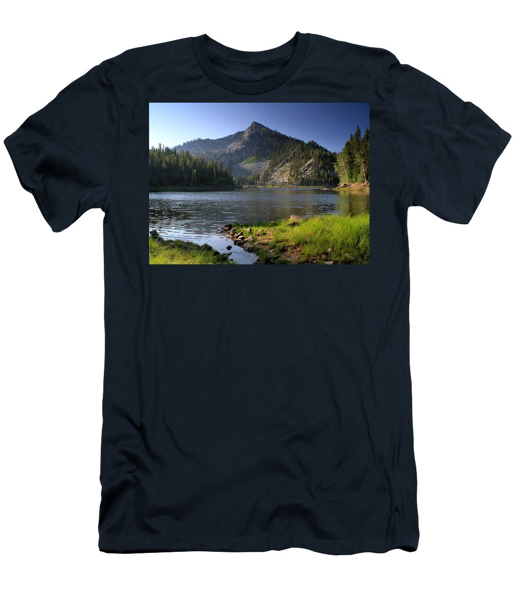 Idaho Men's T-Shirt (Athletic Fit) featuring the photograph North Face Of Jughandle Mountain by Ed Riche