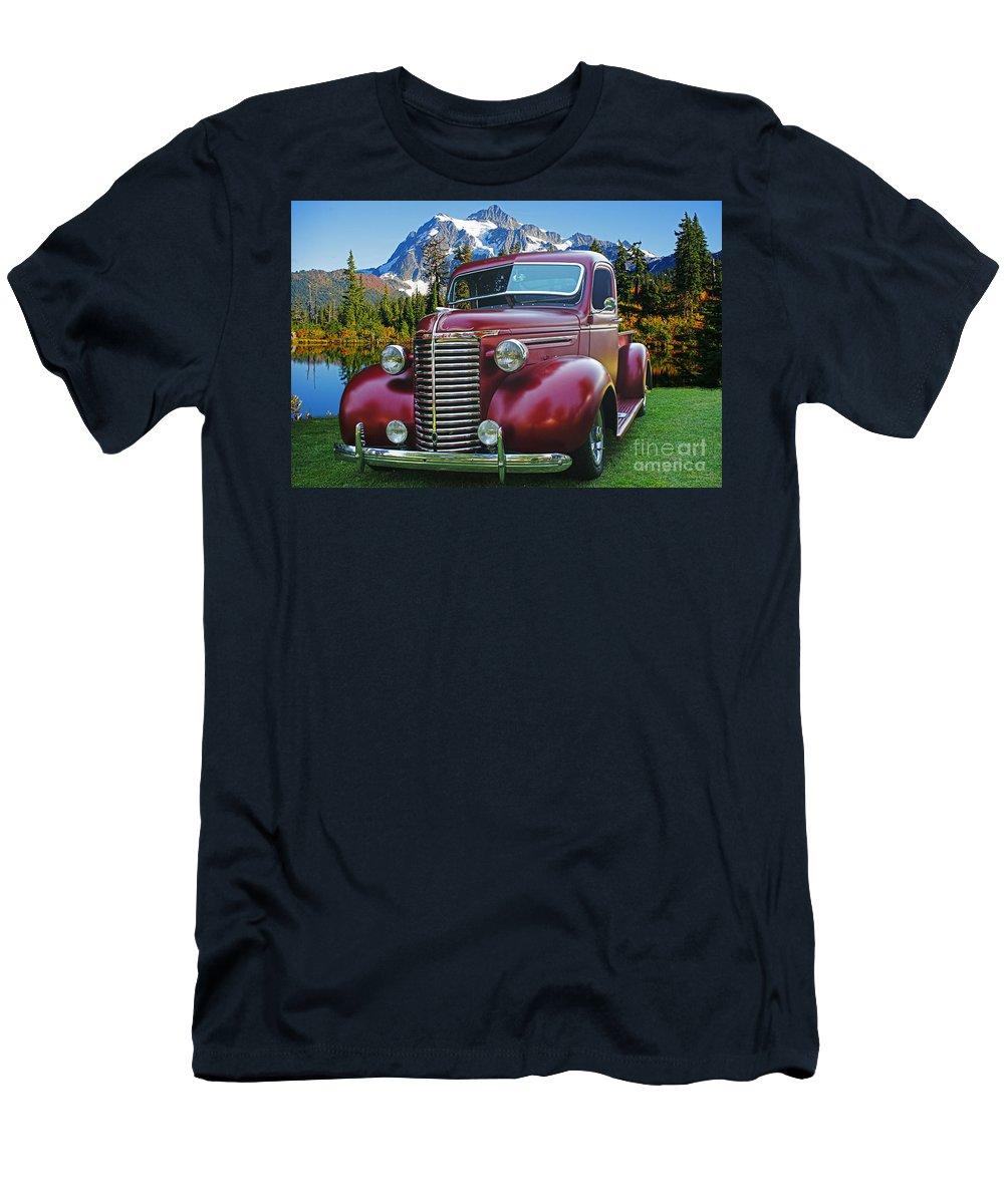 Cars Men's T-Shirt (Athletic Fit) featuring the photograph Old Chevy Pickup Ca5073-14 by Randy Harris