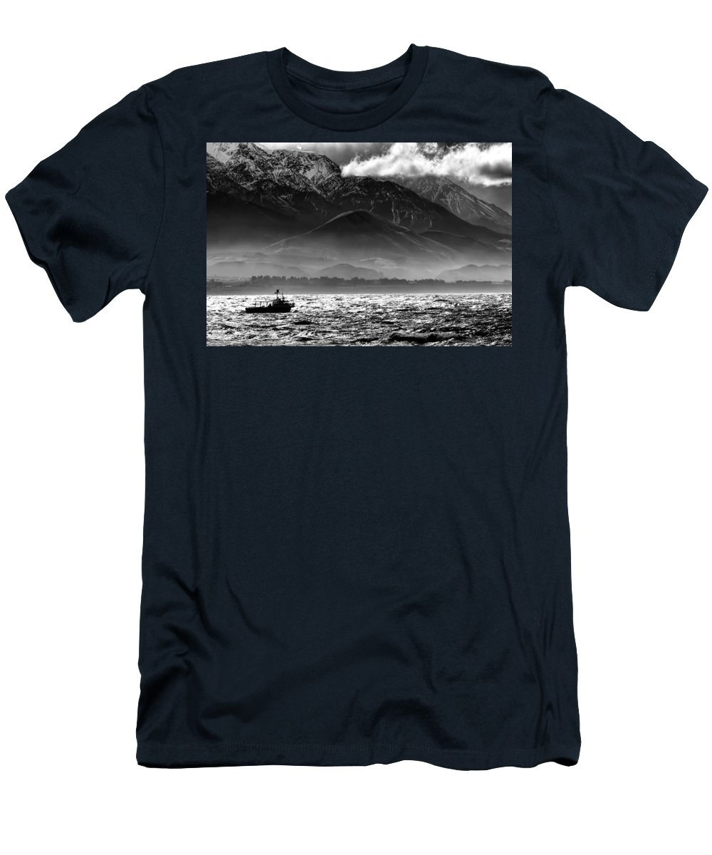 Rough Sea Men's T-Shirt (Athletic Fit) featuring the photograph Rough Seas Kaikoura New Zealand In Black And White by Amanda Stadther