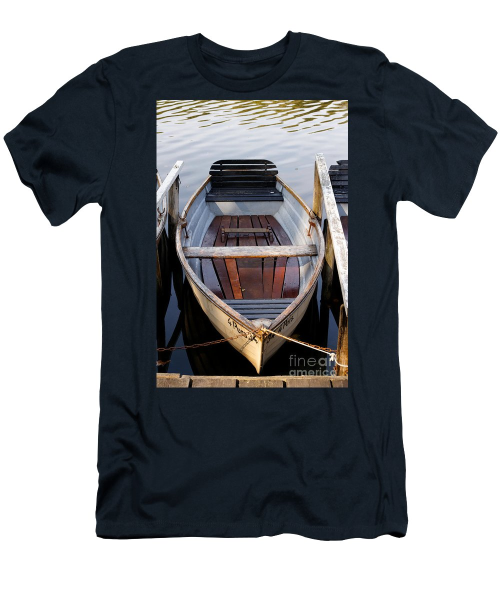 Afternoon Men's T-Shirt (Athletic Fit) featuring the photograph Rowboats At The Schlachtensee by Jannis Werner