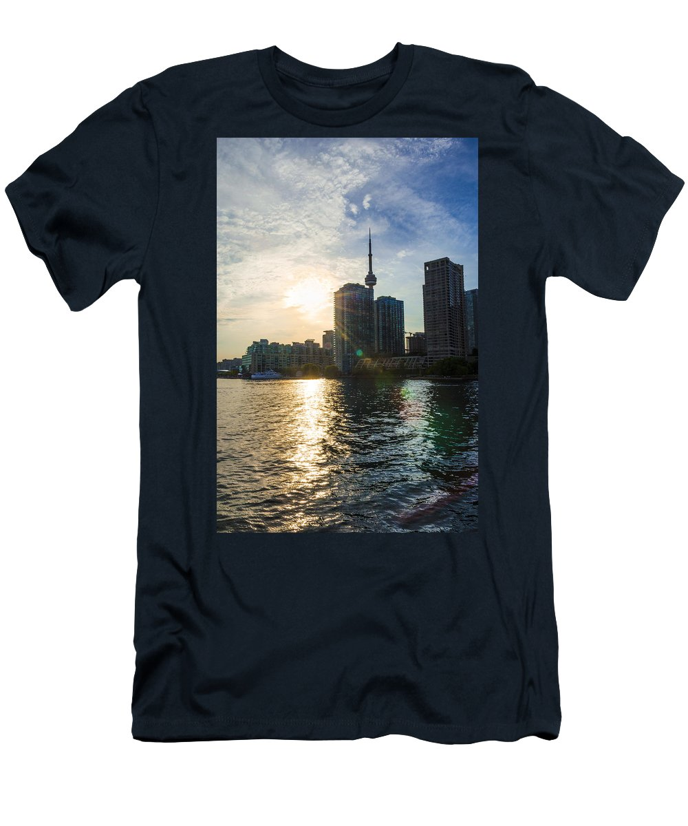 Canada Men's T-Shirt (Athletic Fit) featuring the photograph Sinking by Sandra Parlow