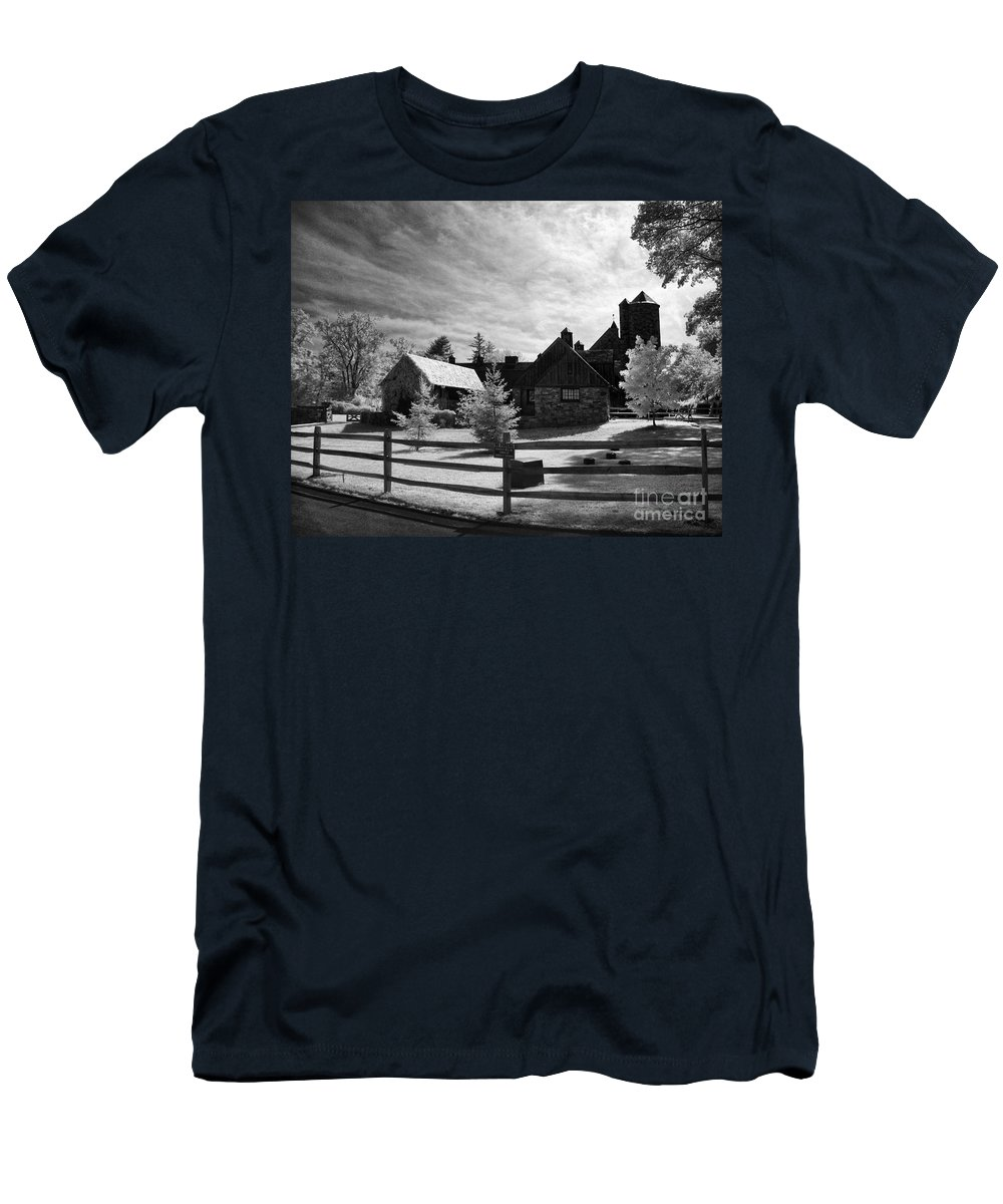Bw Men's T-Shirt (Athletic Fit) featuring the photograph Stone Barn by Claudia Kuhn