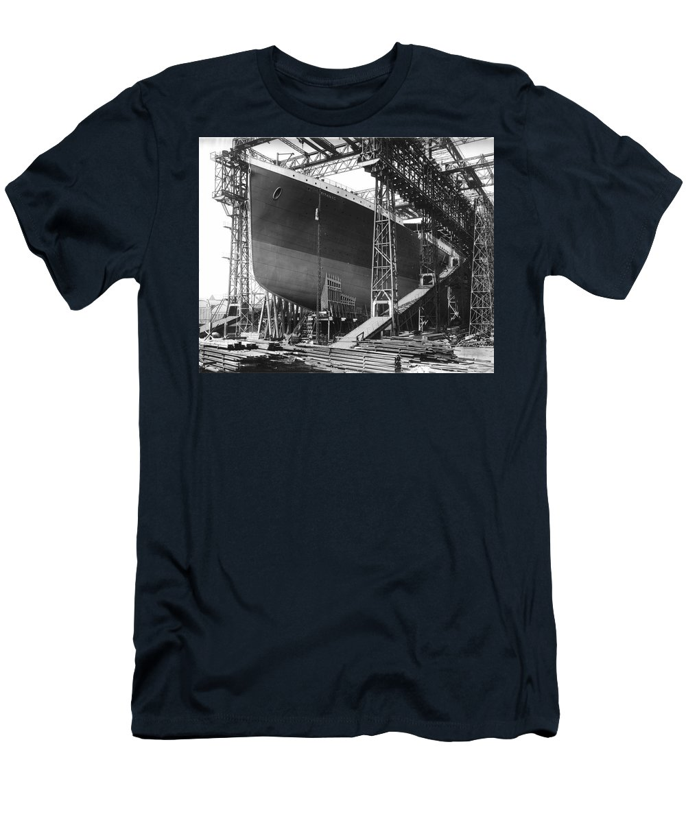 Titanic Rms Belfast Harland Wolff Ireland 1911 Sunk Ship Construction Warf Vintage Men's T-Shirt (Athletic Fit) featuring the photograph Titanic Under Construction by Steve K