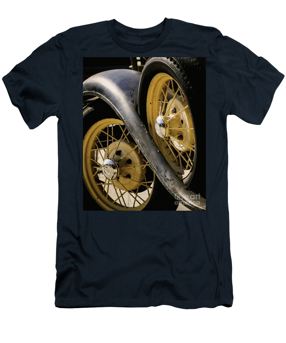 Wheel Men's T-Shirt (Athletic Fit) featuring the photograph Wheel To Wheel by Joe Geraci