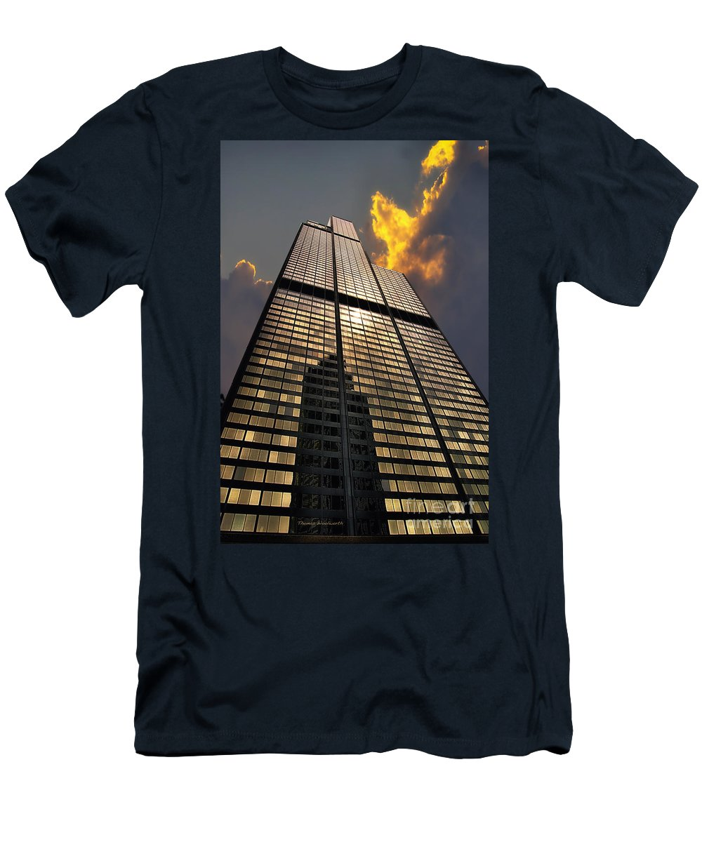 Cities Men's T-Shirt (Athletic Fit) featuring the photograph Willis Sears Tower by Thomas Woolworth