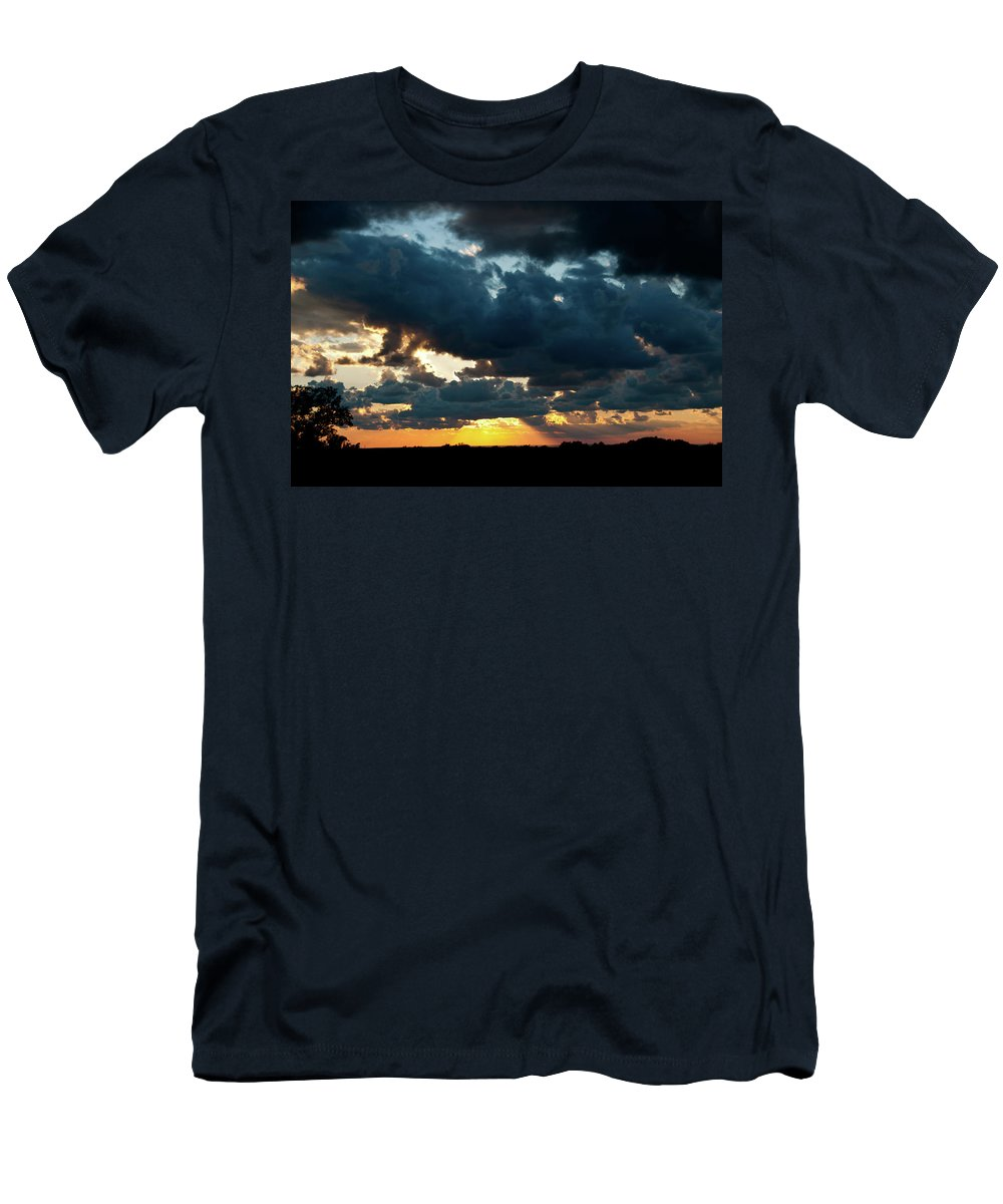 Sunrise Men's T-Shirt (Athletic Fit) featuring the photograph Chestnut Ridge Sunset 2642 by Guy Whiteley