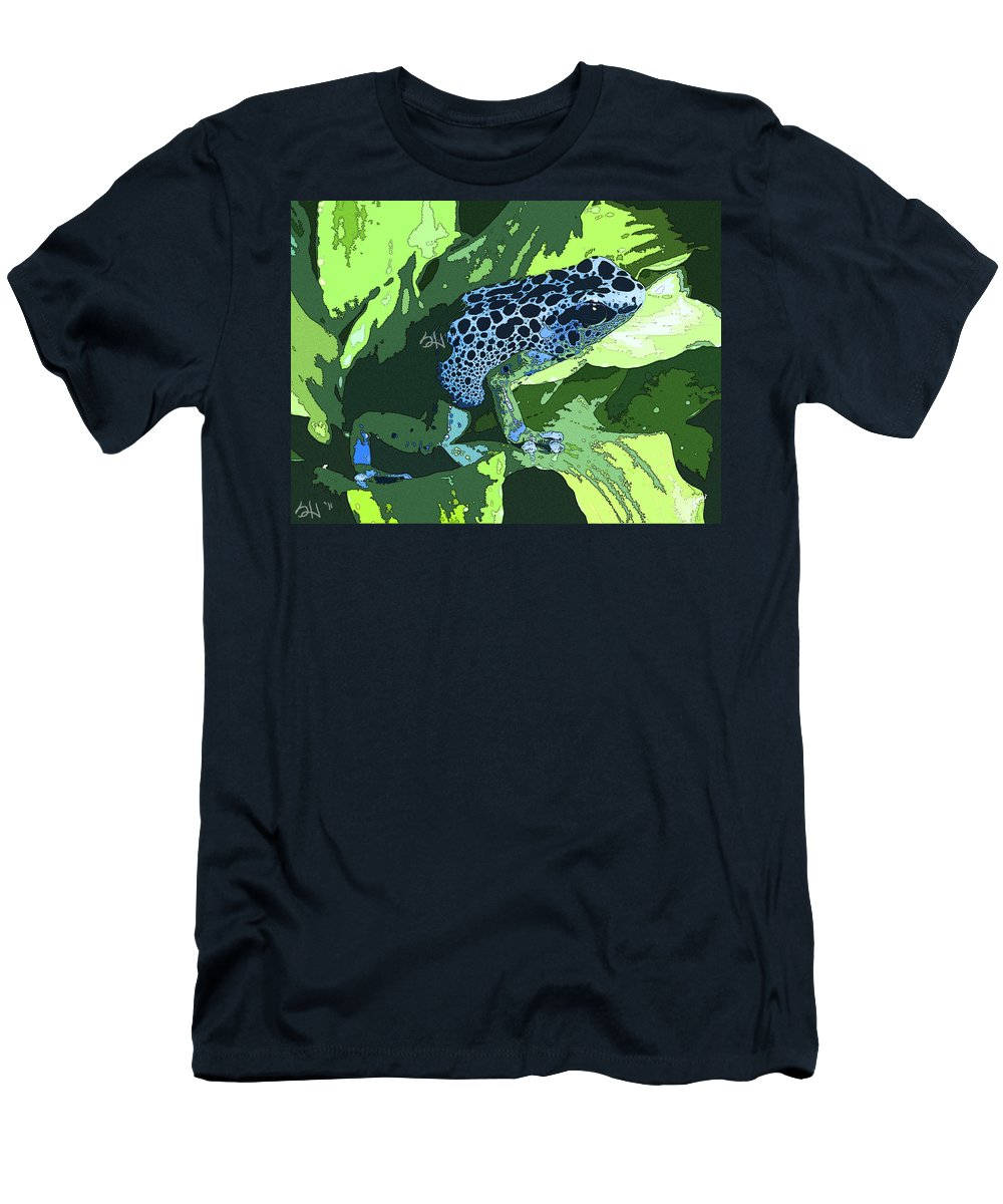 Poison Men's T-Shirt (Athletic Fit) featuring the photograph Dart by Stephanie Haertling
