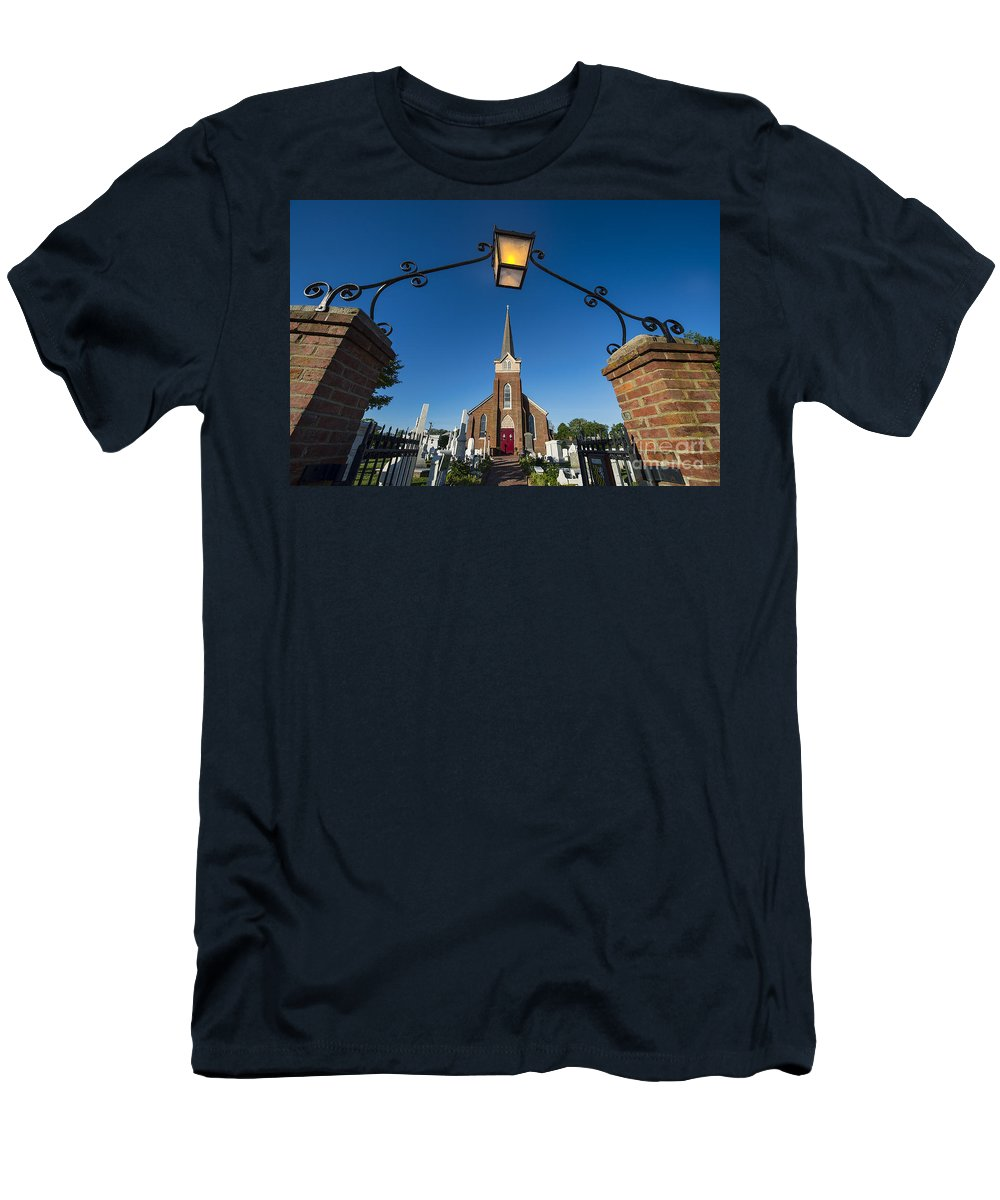 1680 Men's T-Shirt (Athletic Fit) featuring the photograph Historic St Peter's Episcopal Church by John Greim