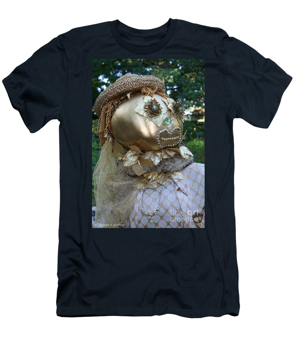 Fall Men's T-Shirt (Athletic Fit) featuring the photograph Lady Goldcrow by Susan Herber
