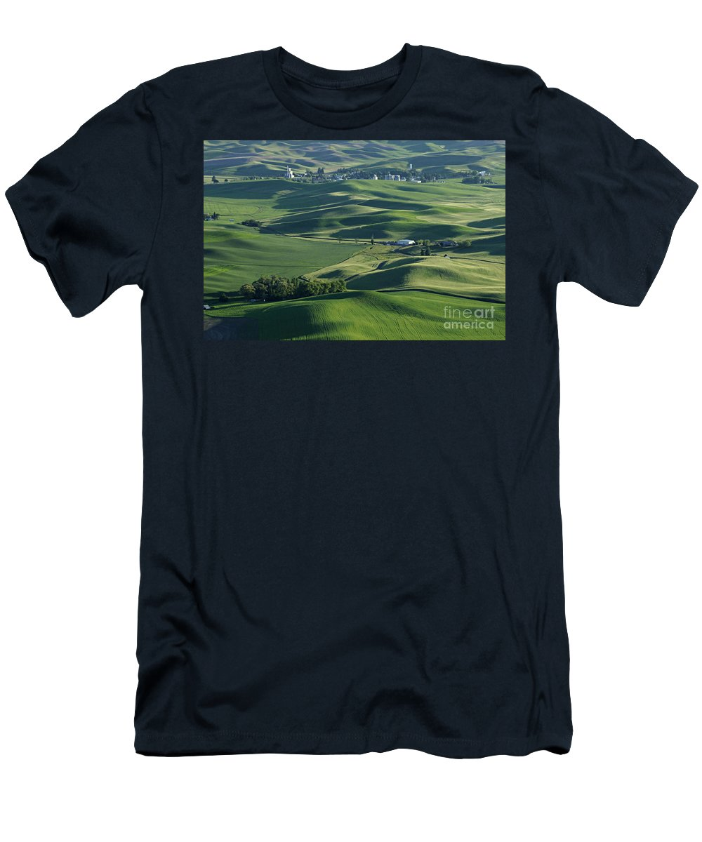 Palouse Men's T-Shirt (Athletic Fit) featuring the photograph The Palouse 1 by Bob Christopher