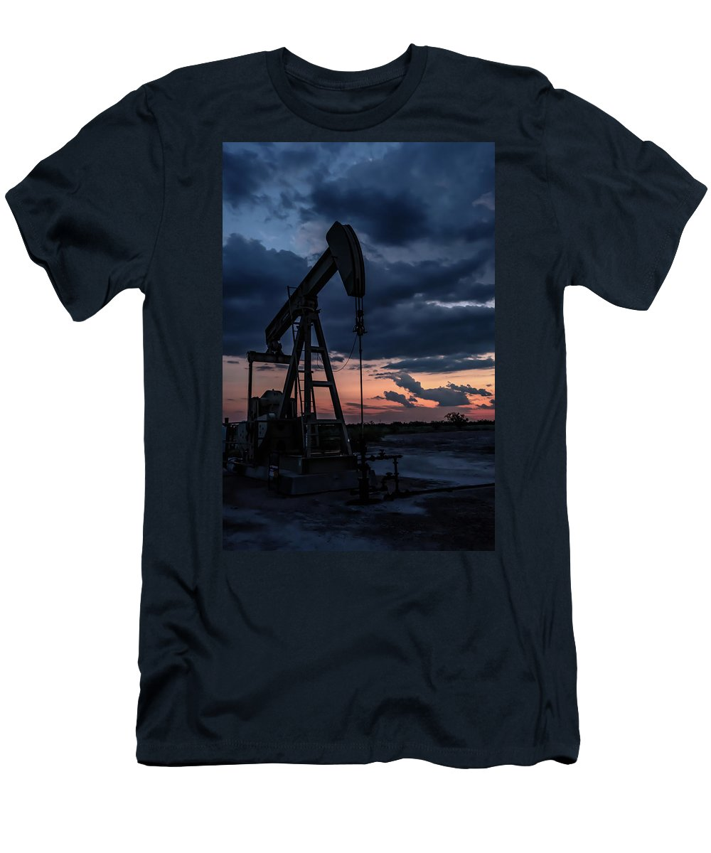 Drillers Club Men's T-Shirt (Athletic Fit) featuring the photograph 2017_08_midkiff Tx_sunset Pump Jack 7 by Brian Farmer