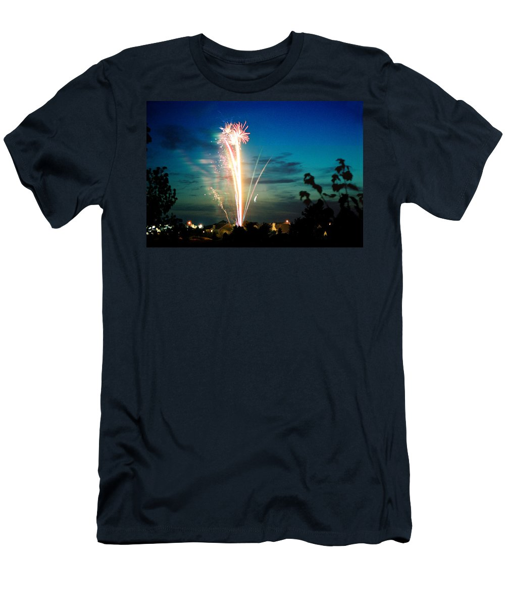Landscape Men's T-Shirt (Athletic Fit) featuring the photograph 4rth Of July by Steve Karol