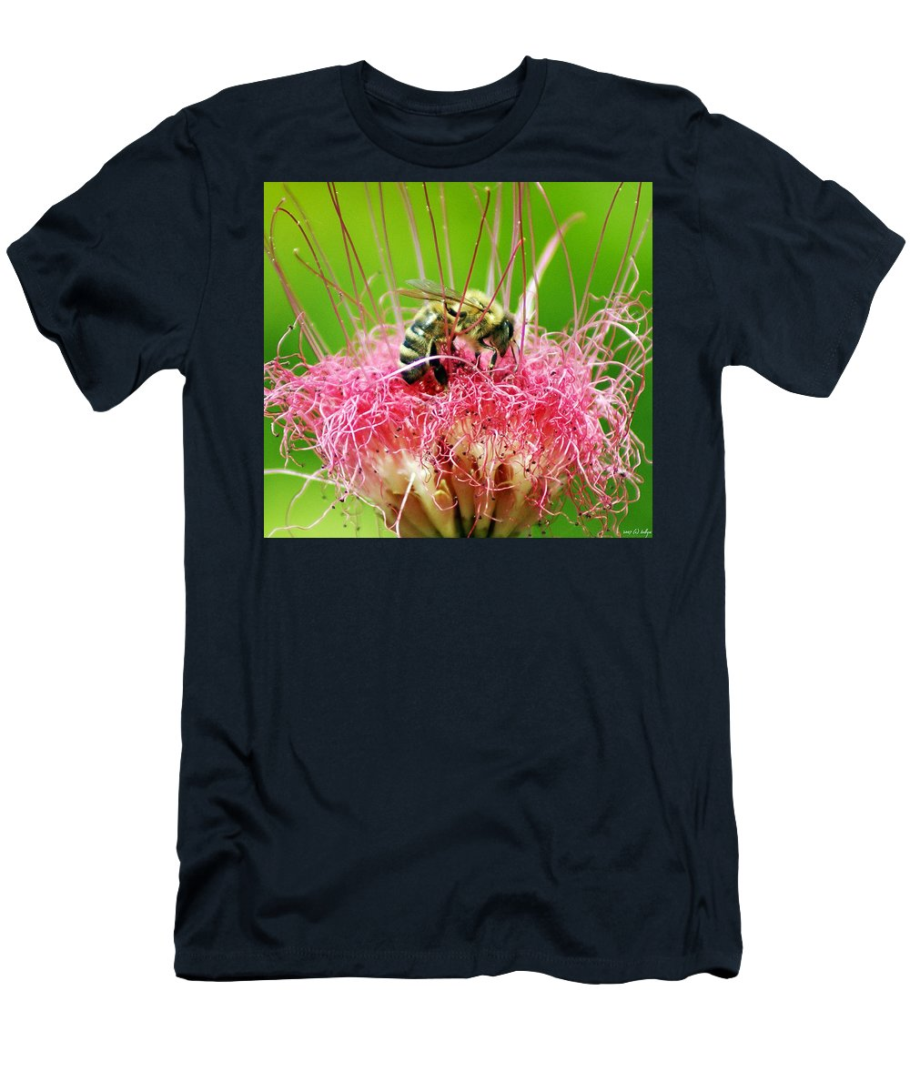 Nature Men's T-Shirt (Athletic Fit) featuring the photograph Busy Bee by Holly Kempe