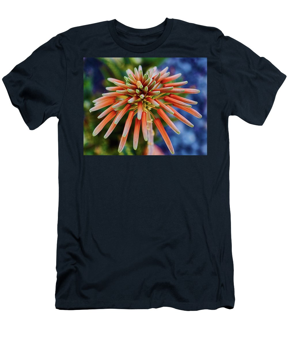 Aloe Men's T-Shirt (Athletic Fit) featuring the photograph Candelobra Aloe In San Diego by Kenneth Roberts