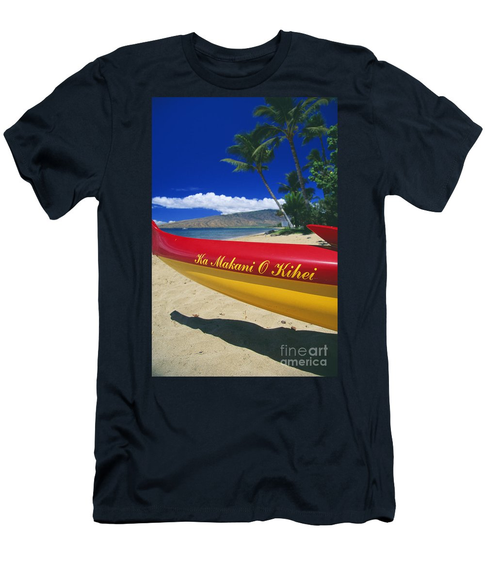 Afternoon Men's T-Shirt (Athletic Fit) featuring the photograph Canoe Bow Detail by Ron Dahlquist - Printscapes