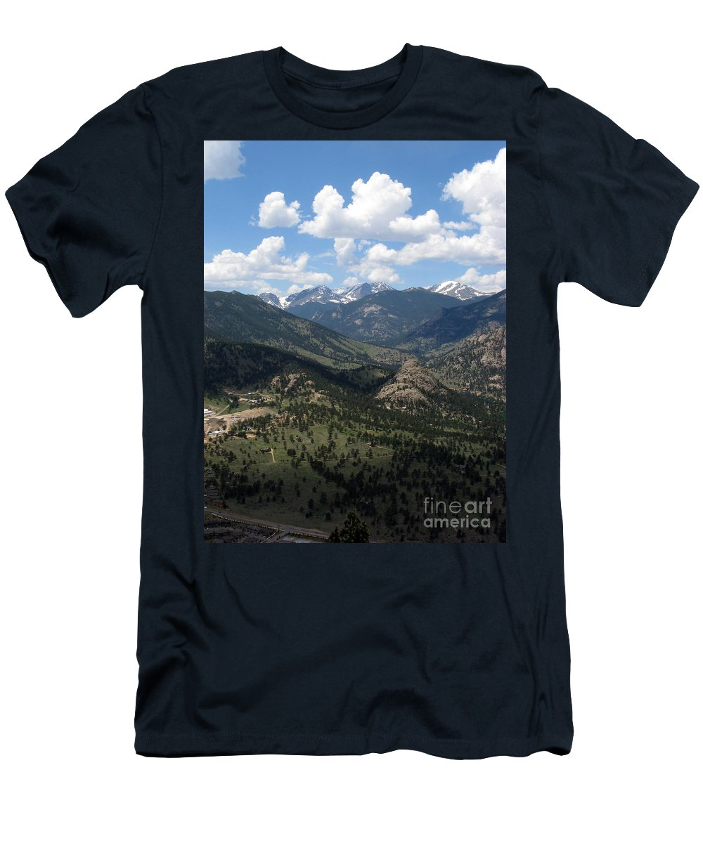 Colorado Men's T-Shirt (Athletic Fit) featuring the photograph Colorado by Amanda Barcon