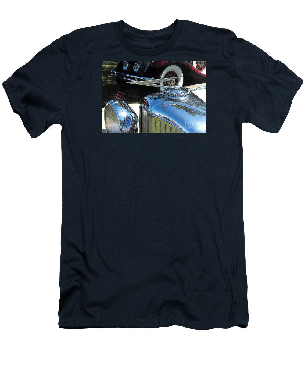 Duesenberg Men's T-Shirt (Athletic Fit) featuring the photograph Duesenberg Hood Ornament by Neil Zimmerman