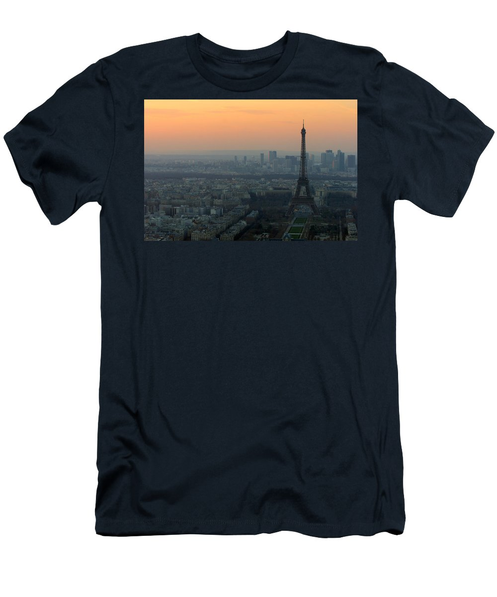 Eiffel Men's T-Shirt (Athletic Fit) featuring the photograph Eiffel Tower At Dusk by Sebastian Musial