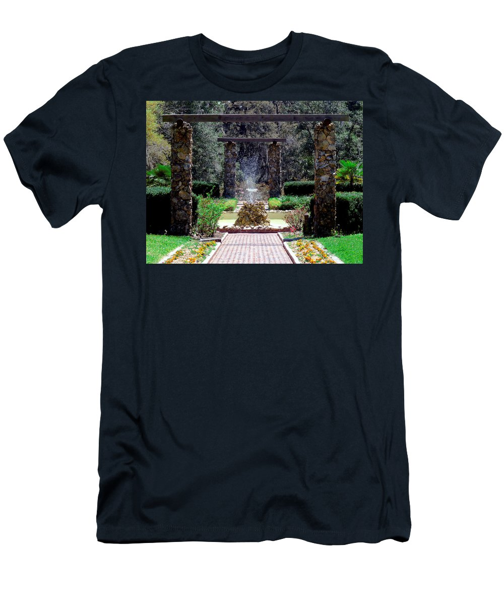 Fountain Men's T-Shirt (Athletic Fit) featuring the photograph Fountain by Bob Johnson