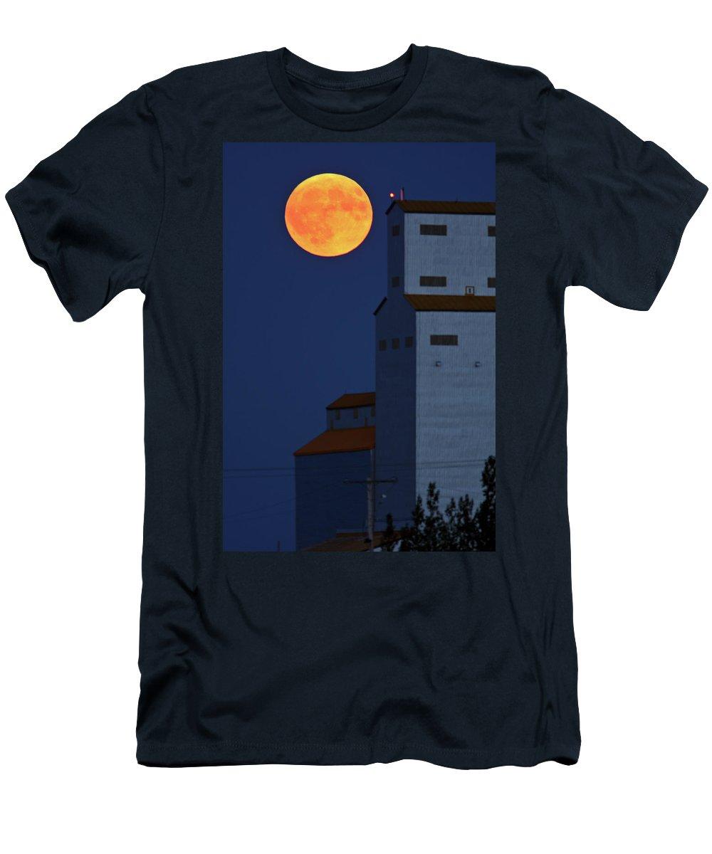 Full Moon Men's T-Shirt (Athletic Fit) featuring the digital art Full Moon Behind Tuxford Grain Elevator by Mark Duffy