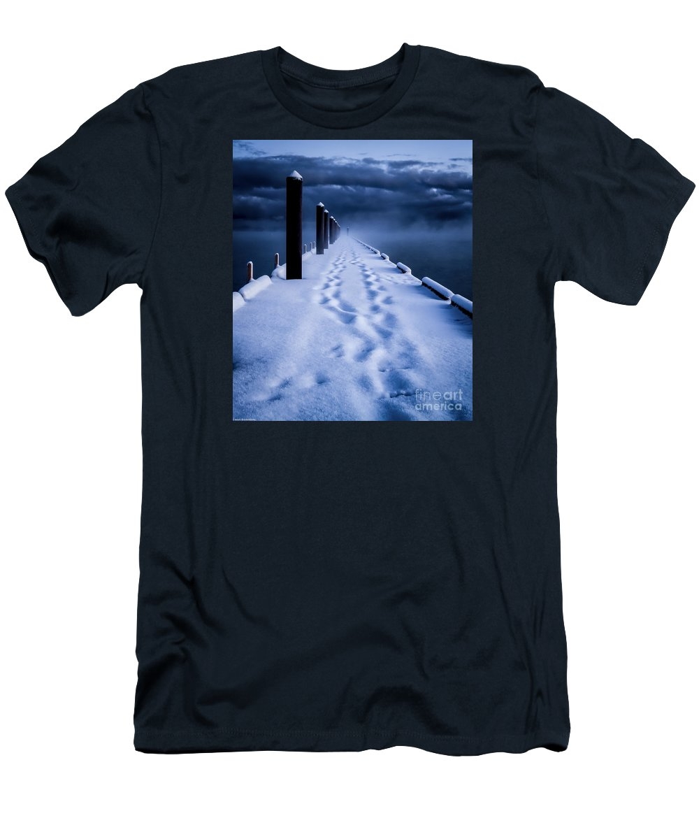 Tahoe Men's T-Shirt (Athletic Fit) featuring the photograph Going To The End by Mitch Shindelbower