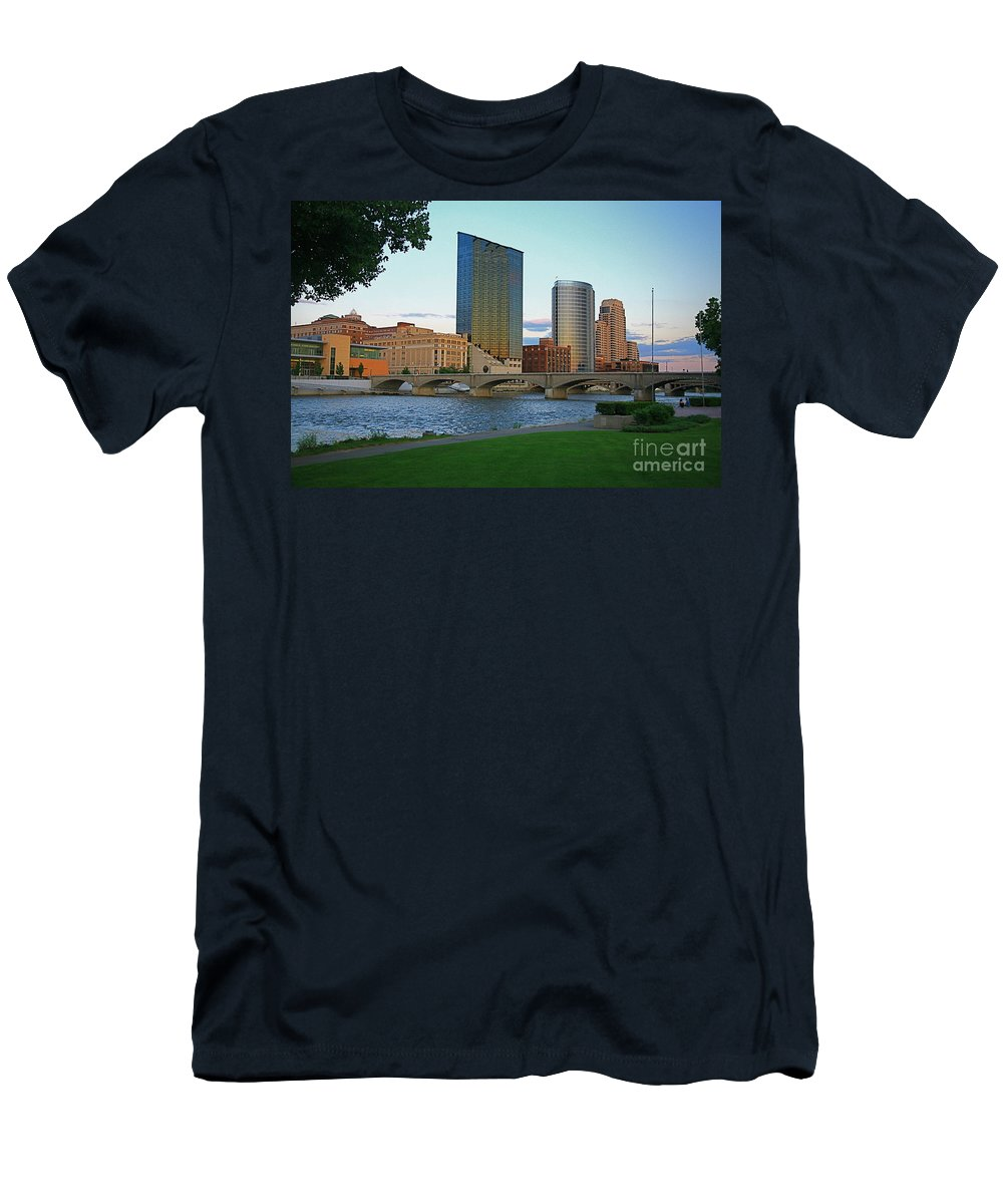 Sky Line Men's T-Shirt (Athletic Fit) featuring the photograph Grand Rapids Mi-3 by Robert Pearson