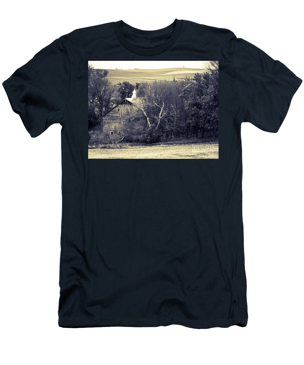 Barn Men's T-Shirt (Athletic Fit) featuring the photograph Hidden In Time by Lisa Phillips