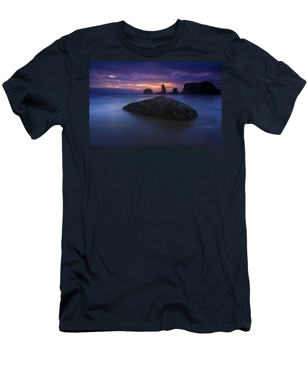 Sunset Men's T-Shirt (Athletic Fit) featuring the photograph Hint Of Light by Mike Dawson