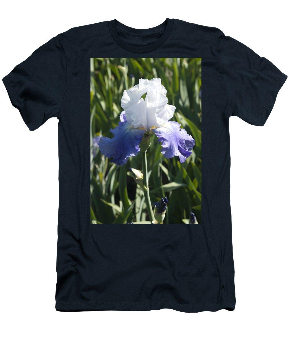 Iris Men's T-Shirt (Athletic Fit) featuring the photograph Iris 4 by Sara Stevenson
