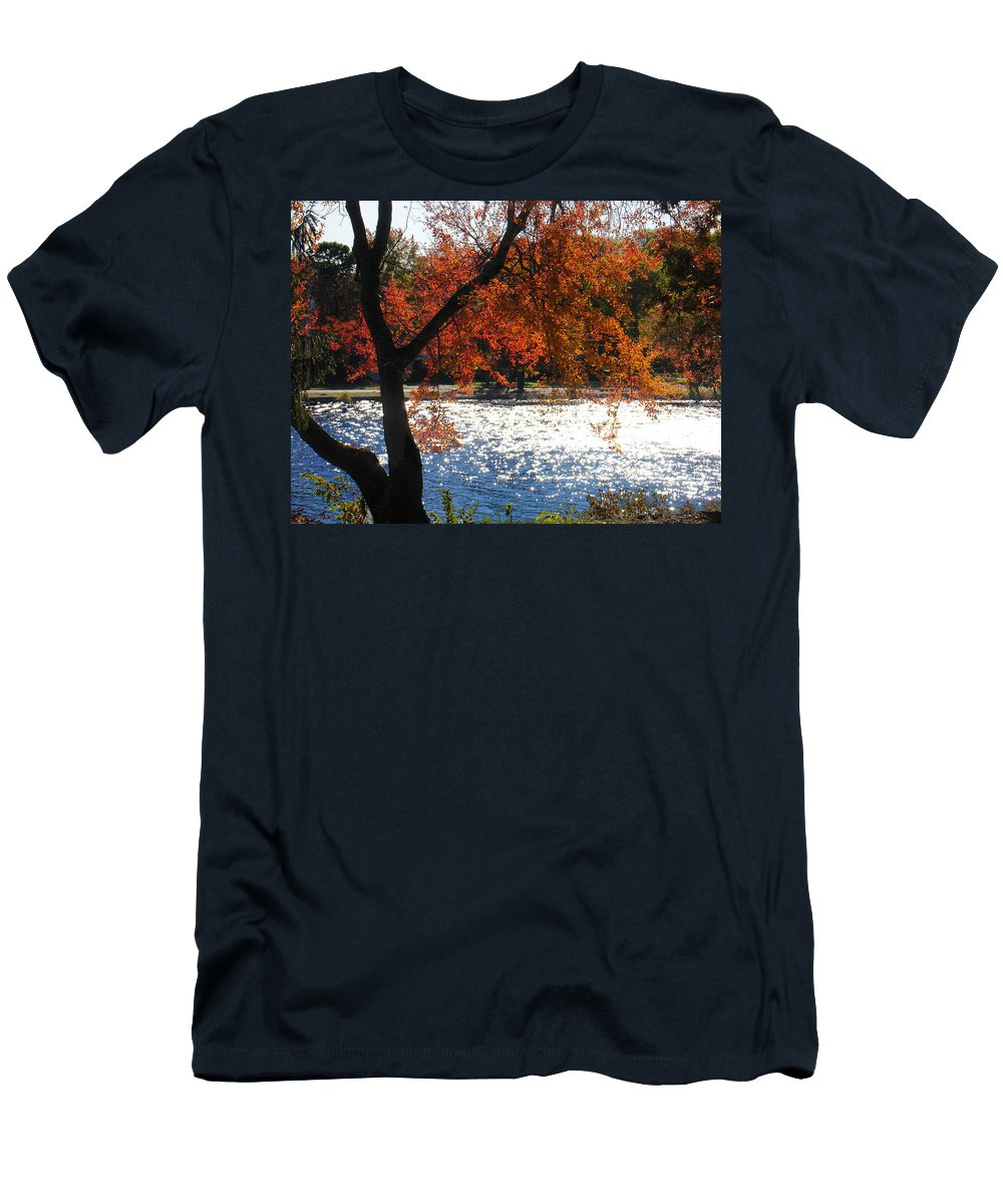 Landscape Men's T-Shirt (Athletic Fit) featuring the photograph Lakewood by Steve Karol