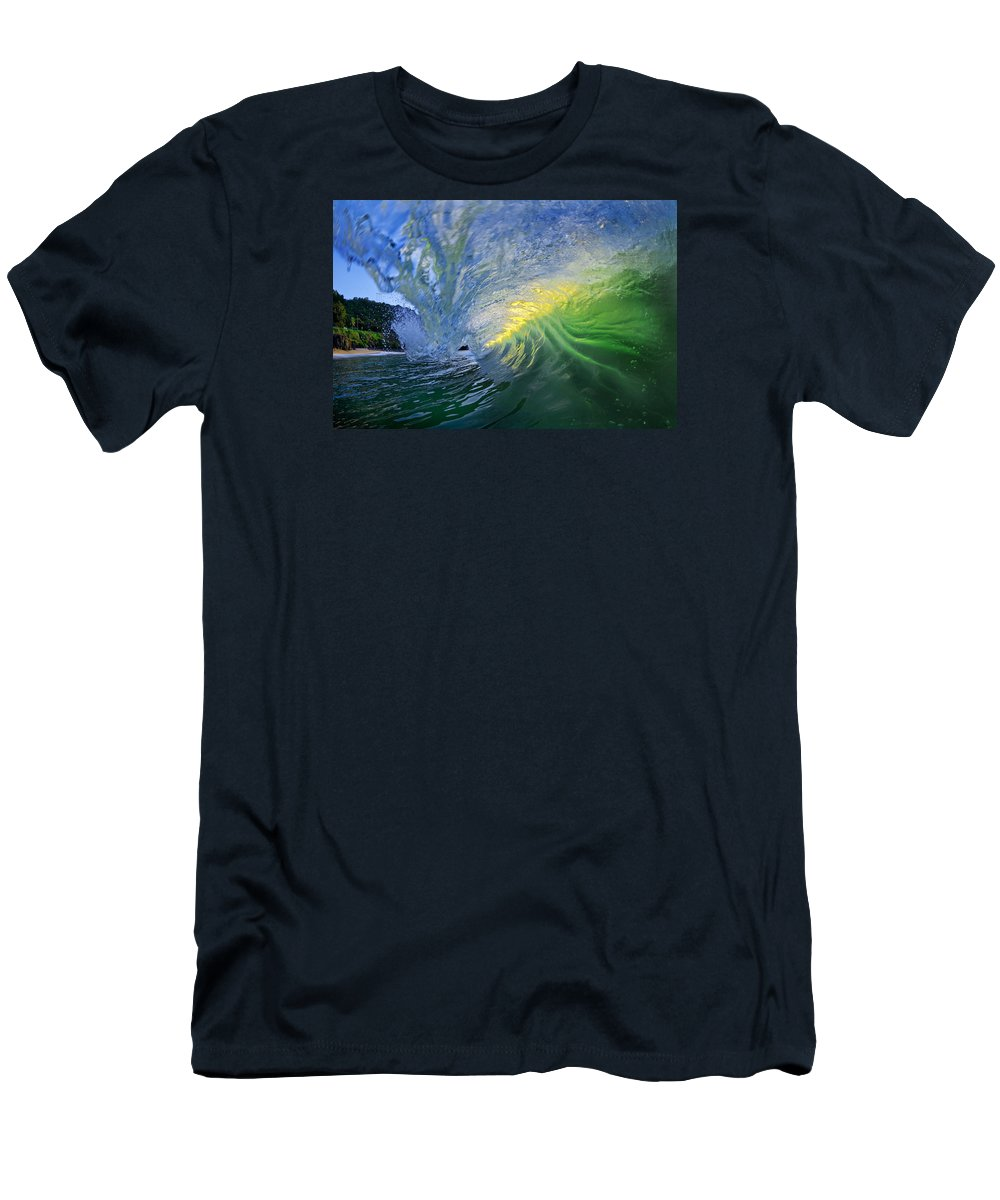 Ocean Wave Men's T-Shirt (Athletic Fit) featuring the photograph Limelight by Sean Davey