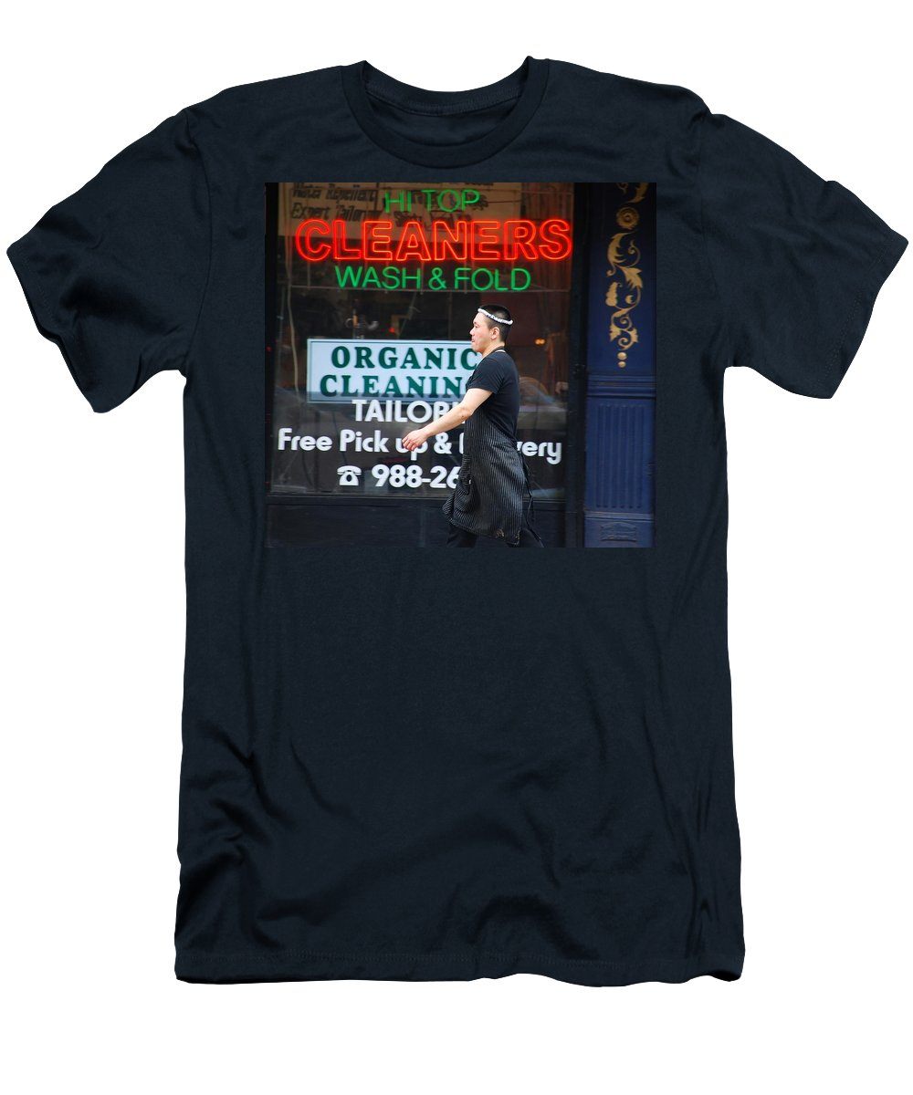 Nikon Men's T-Shirt (Athletic Fit) featuring the photograph Manhattan Street Photography by Carmine Taverna