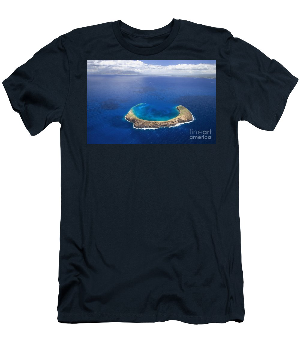 Above Men's T-Shirt (Athletic Fit) featuring the photograph Maui, View Of Islands by Ron Dahlquist - Printscapes