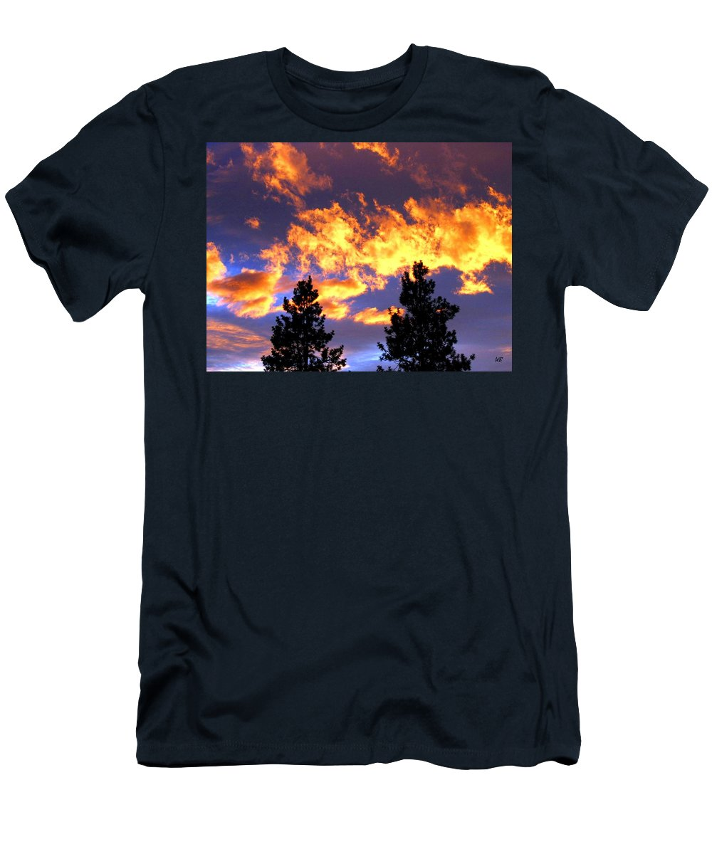 Sunset Men's T-Shirt (Athletic Fit) featuring the photograph Okanagan Sunset by Will Borden