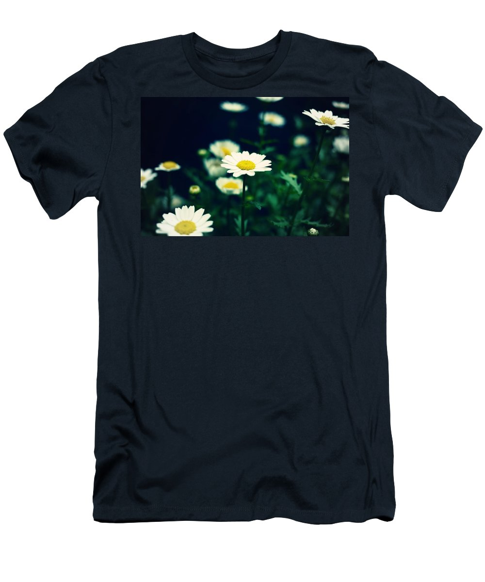 Flower Men's T-Shirt (Athletic Fit) featuring the photograph Photo5 by Makoto Nakamura