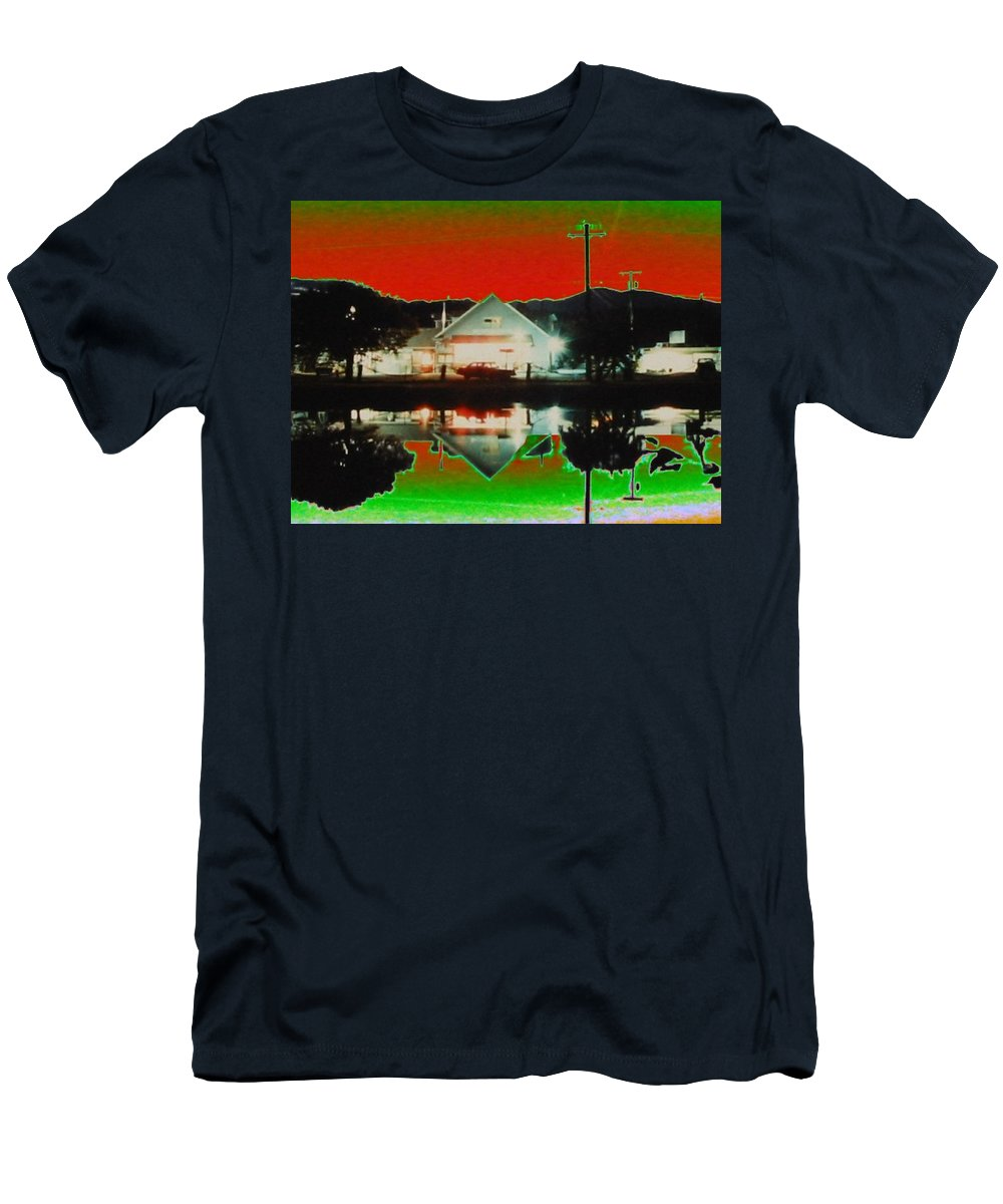 Seabeck Men's T-Shirt (Athletic Fit) featuring the photograph Seabeck General Store by Tim Allen