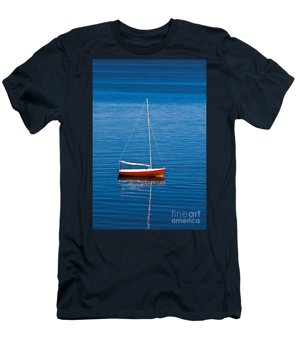 Cape Cod Men's T-Shirt (Athletic Fit) featuring the photograph Small Sailboat by John Greim