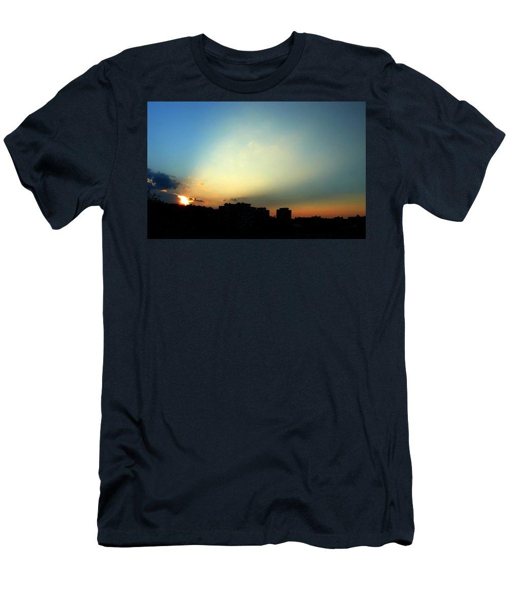 Nature Men's T-Shirt (Athletic Fit) featuring the photograph Spotlight by Daniel Csoka