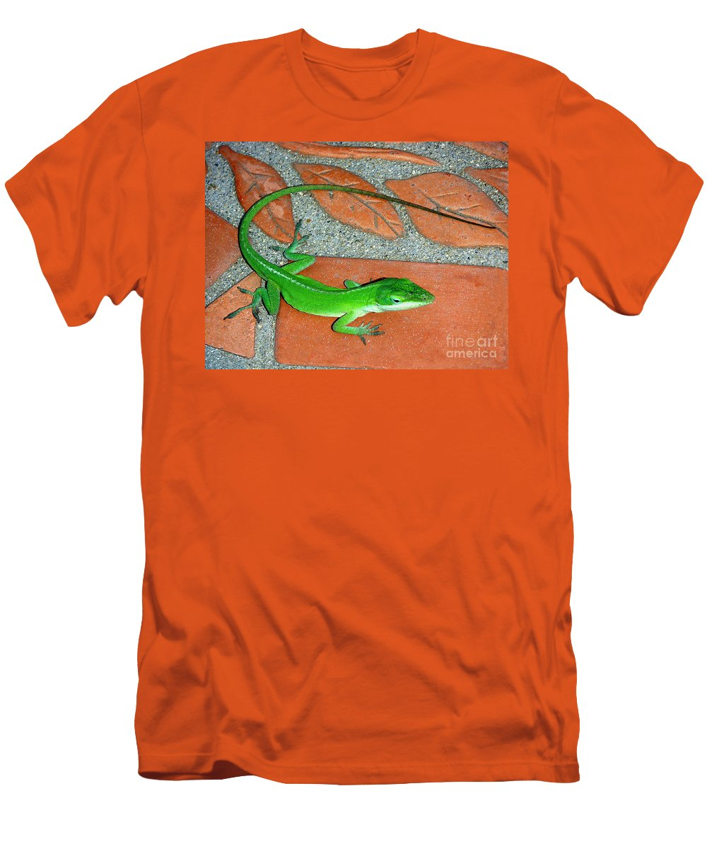 Nature Men's T-Shirt (Athletic Fit) featuring the photograph Anole On Chair Tiles by Lucyna A M Green