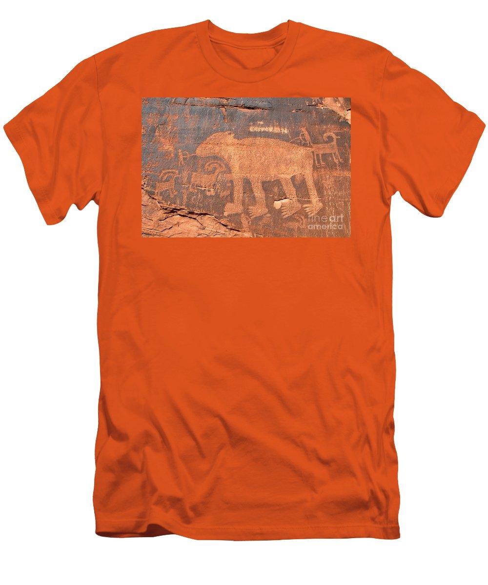 Petroglyph Men's T-Shirt (Athletic Fit) featuring the photograph Big Bear Petroglyph by David Lee Thompson