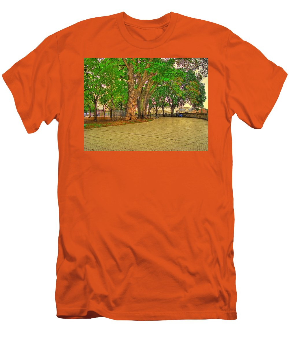Trees Men's T-Shirt (Athletic Fit) featuring the photograph The Park by Francisco Colon