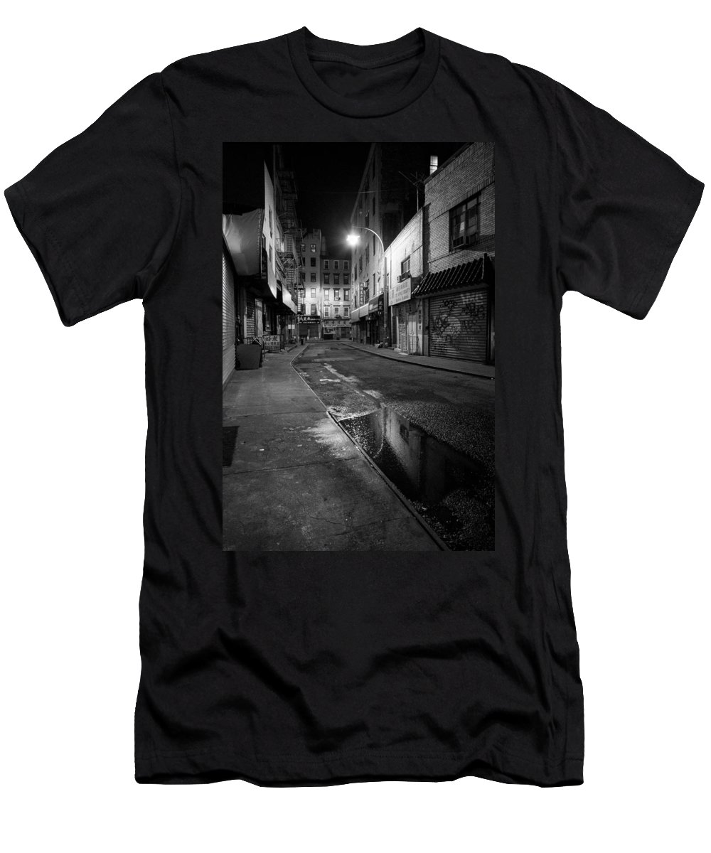 Chinatown Men's T-Shirt (Athletic Fit) featuring the photograph Chinatown New York City - Doyers Street by Gary Heller