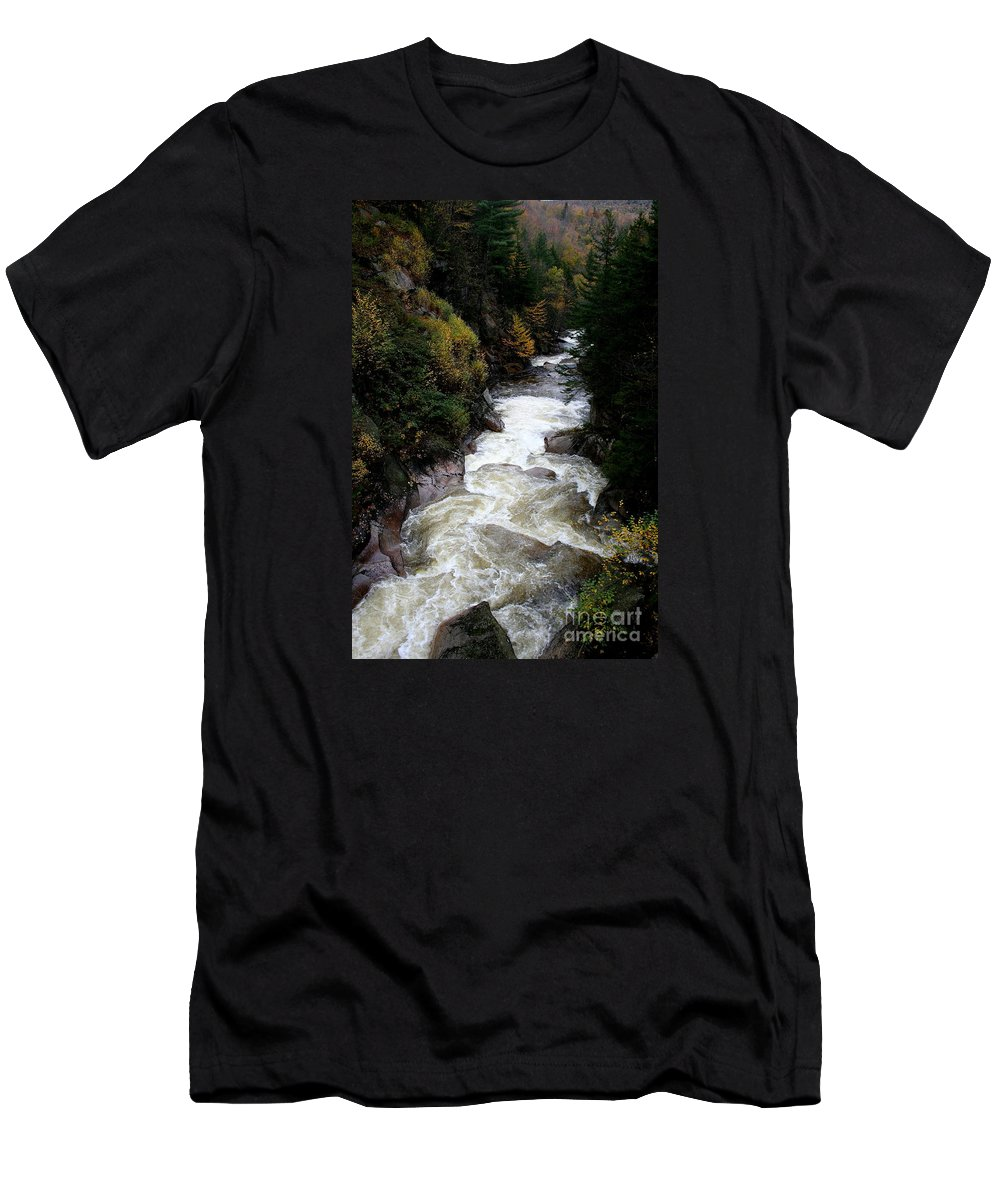 Franconia Notch Men's T-Shirt (Athletic Fit) featuring the photograph Pemigewasset River White Mountains by Christiane Schulze Art And Photography