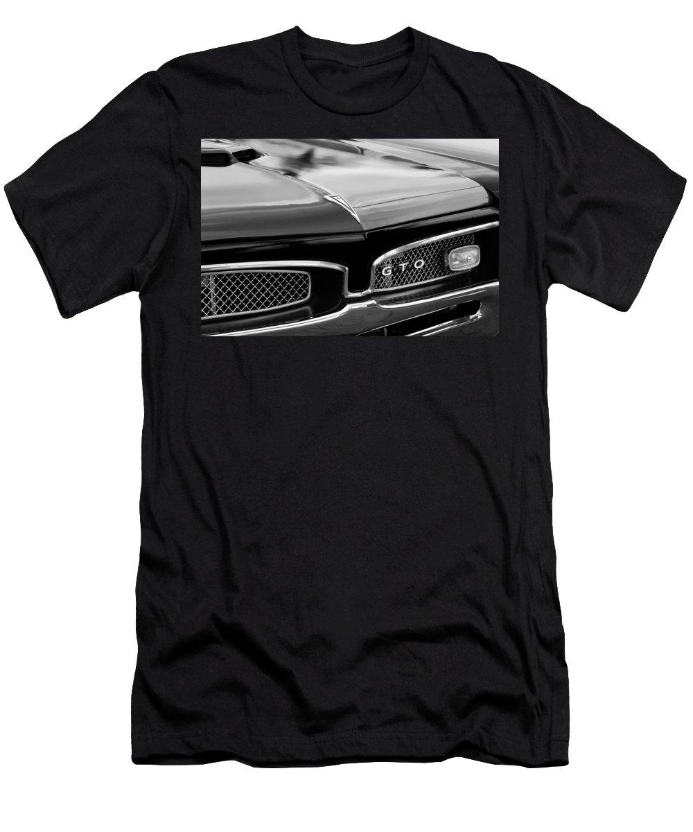 c92cb25d5 1967 Pontiac Gto Grille Emblem T-Shirt for Sale by Jill Reger
