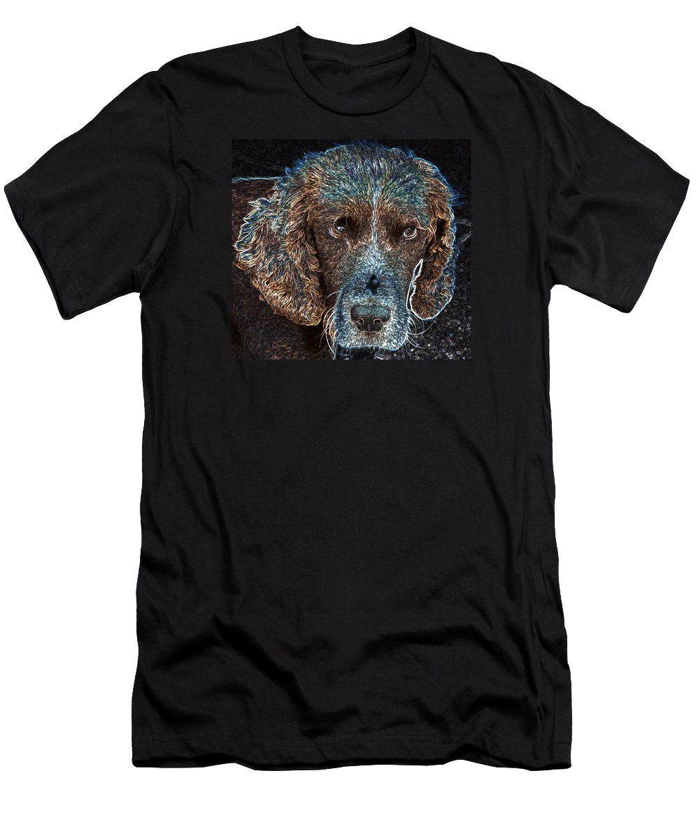 Macro Men's T-Shirt (Athletic Fit) featuring the photograph Old Blue Eyes by Dave Byrne