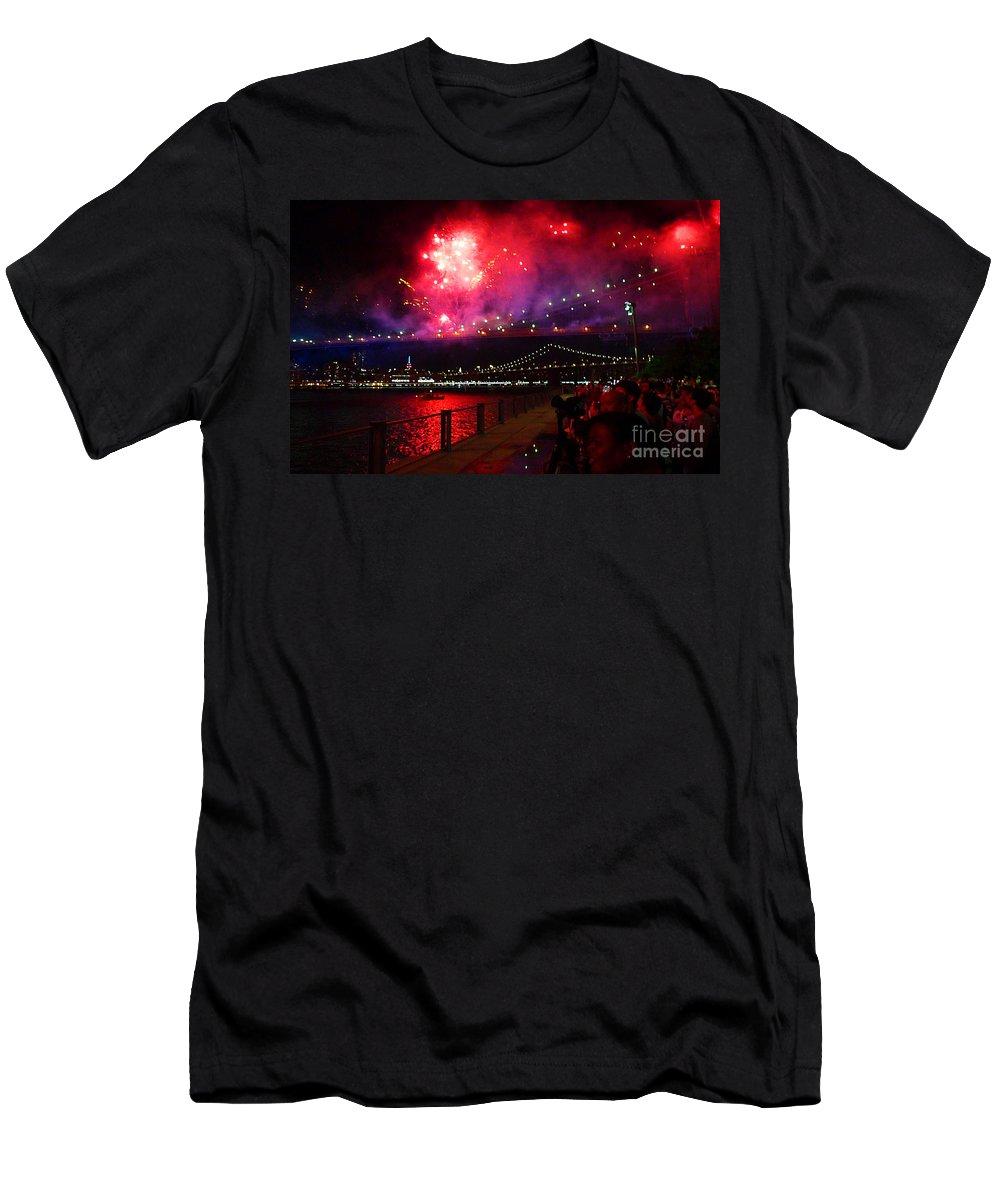 Fireworks T-Shirt featuring the photograph Brooklyn Bridge Fireworks by Kendall Eutemey
