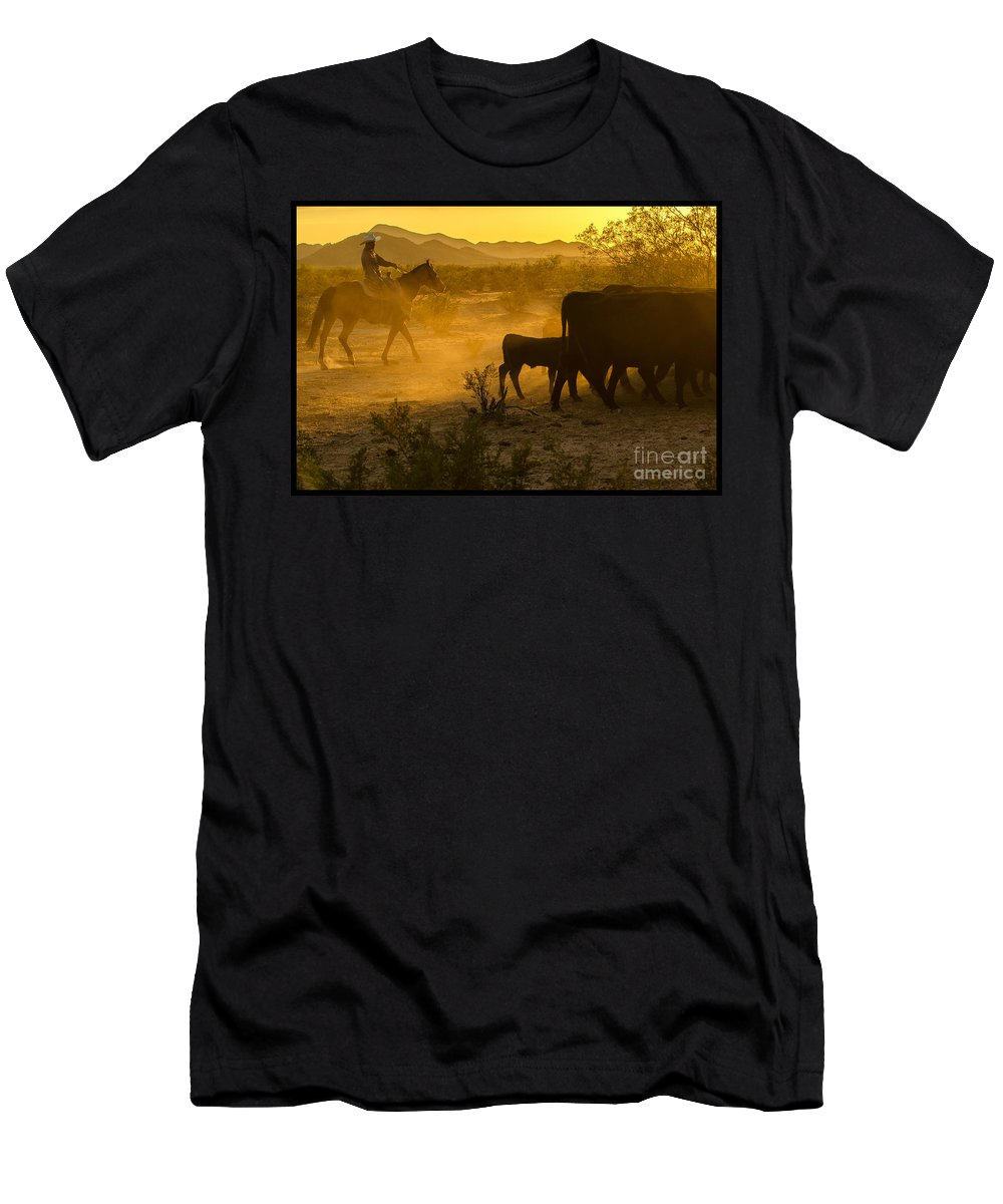 Cattle Men's T-Shirt (Athletic Fit) featuring the photograph Cattle Drive 6 by Larry White