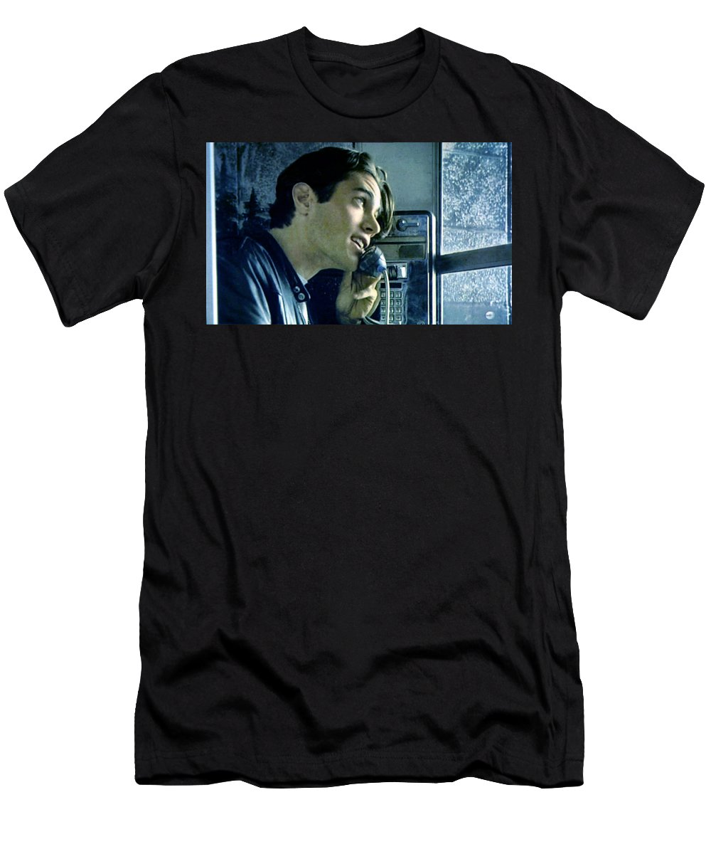 Laura Palmer Men's T-Shirt (Athletic Fit) featuring the painting Leo Johnson Are You Telling Me There's No Santa Claus by Luis Ludzska