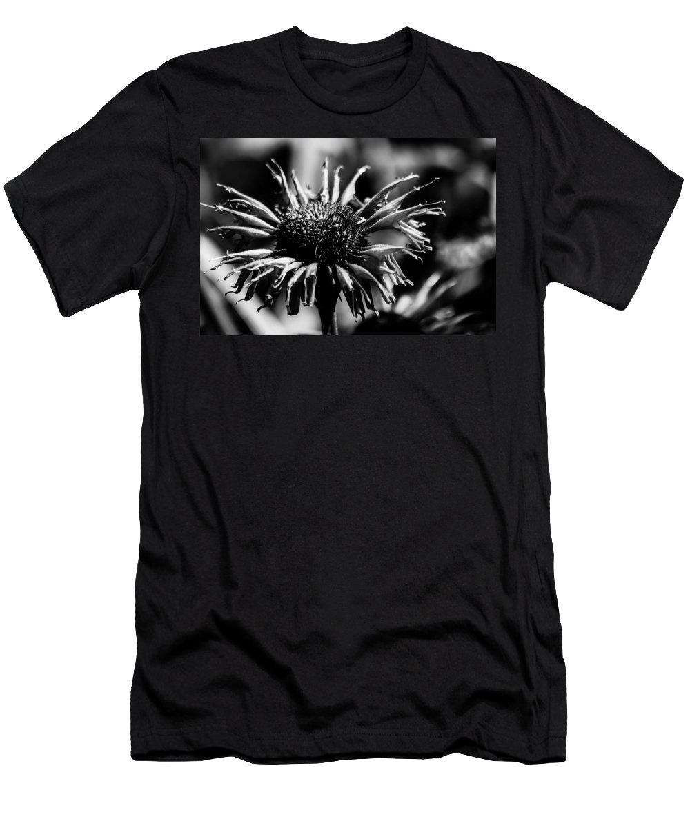 Flower Men's T-Shirt (Athletic Fit) featuring the photograph Pretty In Pink by Lauri Novak