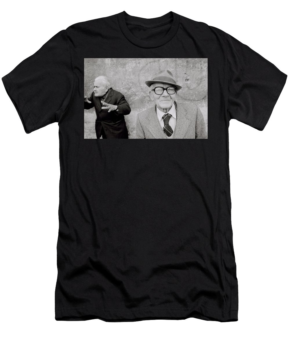Rome Men's T-Shirt (Athletic Fit) featuring the photograph Style Of Italy by Shaun Higson